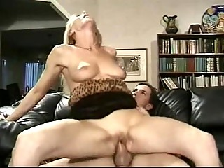 Wild Milf Nicole Moore Rodeo Bonks Neaty Dong The