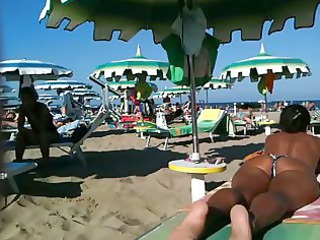 Thick ass milf on the beach