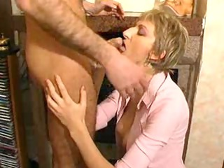 Fisted Mature N15
