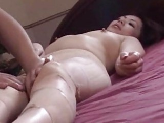Amazing Japanese mature chick sucking