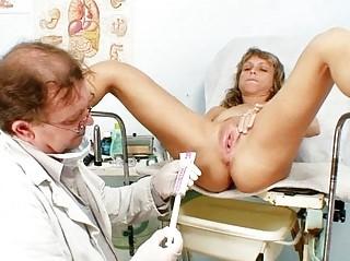 Mature Vladimira gets her pussy properly gyno exam
