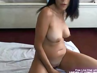 Horny milf Giana gets hardcore squirt