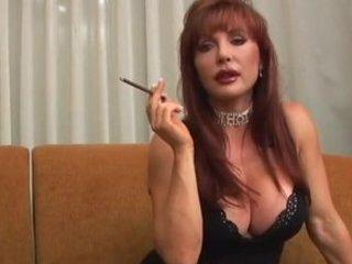 Mature Vanessa smoking and fucking
