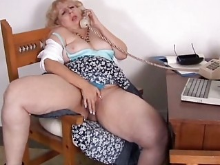 Mature BBW phone sex