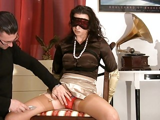 MILF in Satiny Stockings Gets Blindfolded