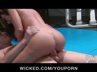 Horny big-tit MILF Pornstar Lisa Ann fucks big