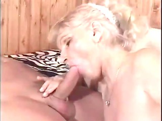 Sexy Granny Cougar Erin Riding and Doggy