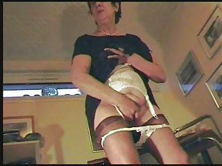 My old wife masturbating !