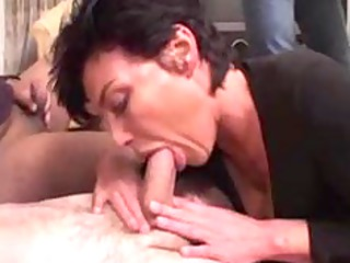 Vanille french mature gangbanged