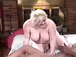 Fat milf blonde blowing big black cock before