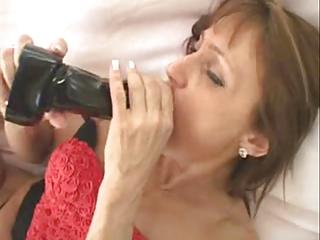 Mature Woman Love Toying