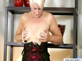 Horny Milf In Lingerie Fucks Her Beads