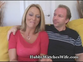 Younger Guy Fucks Mature Pussy
