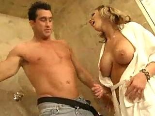 Milf with Big Tits Loves An OldFashioned Bathroom