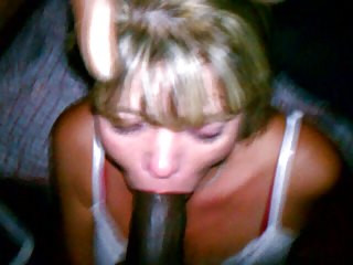 milf taking it deep in her throat and facial