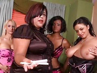 Chubby milf with massive tits wearing corset gets