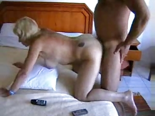 Anal Orgazm of a British House wife
