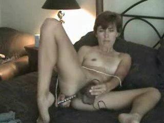 Amateur mature hairy milf mom solo masturbating